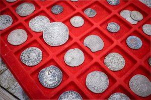 De eeuwenoude munten